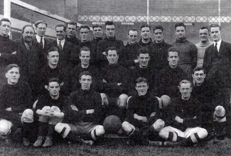 Everton squad in the late-1920s. Hunter Hart back row, eighth from left