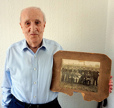 John Dunn and photo of Everton